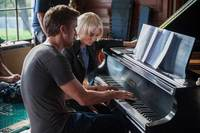 Song to Song Bild #8